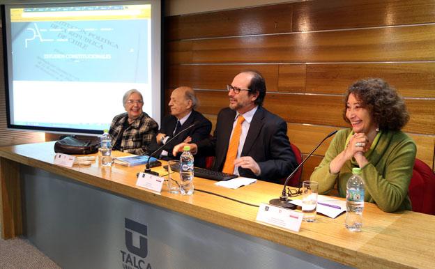 """El """"Grupo de los 24"""" y su aporte al debate constitucional y a la democracia en Chile"""