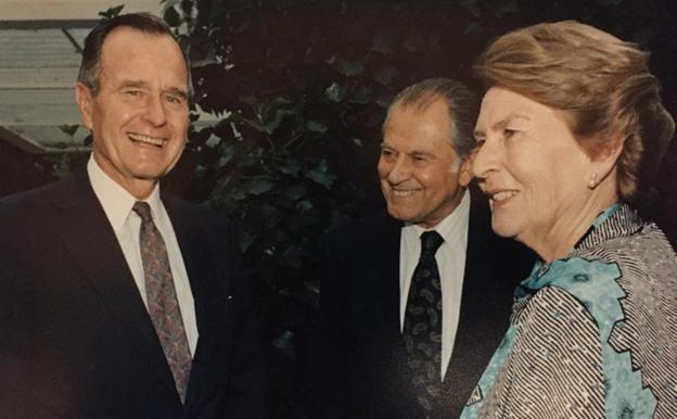 Condolencias a la familia del ex-presidente de EEUU